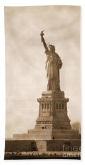 Vintage Statue Of Liberty Beach Sheet