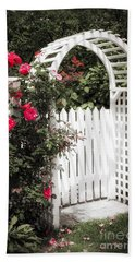 White Arbor With Red Roses Beach Towel