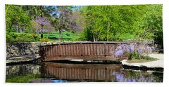 Wisteria In Bloom At Loose Park Bridge Beach Towel