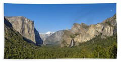 Beach Towel featuring the photograph Yosemite Valley Moonrise by Steven Sparks
