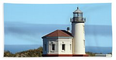 Beach Towel featuring the photograph Coquille River Lighthouse by Nick Kloepping