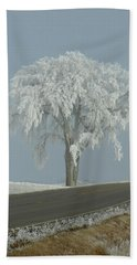 Beach Towel featuring the photograph Frost On The Big Tree  by Penny Meyers