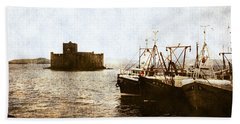 Kisimul Castle Scotland Beach Towel
