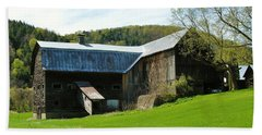 Beach Towel featuring the photograph Old Vermont Barn by Sherman Perry