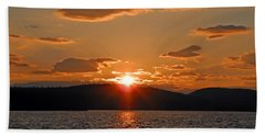 Beach Towel featuring the photograph Sunset by Lynda Lehmann