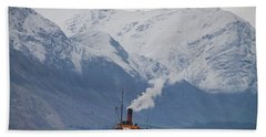 Tss Earnslaw Steamboat Against The Southern Alps Beach Sheet