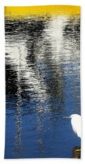 White Egret On Dock With Colorful Reflections Beach Towel by Anne Mott