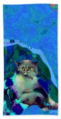 007 The Under Covers Cat Beach Towel