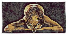0756s-zac Nude Woman With Amulet On Tall Pedestal  Beach Towel