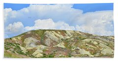 Badlands In Wyoming Beach Towel