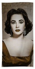 Elizabeth Taylor Draw Beach Sheet by Quim Abella