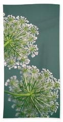 Fragile Dill Umbels On Summer Meadow Beach Towel