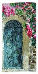 Green Italian Door With Flowers Beach Towel