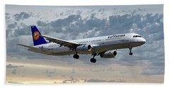Lufthansa Airbus A321-131 Beach Towel