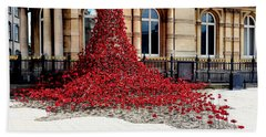 Poppies - City Of Culture 2017, Hull Beach Towel