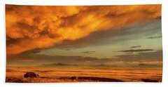 Red Rock Coulee Sunset 1 Beach Towel