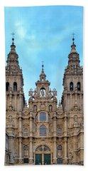 Beach Towel featuring the photograph Santiago De Compostela Cathedral by Fabrizio Troiani