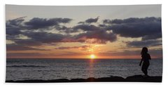 Sunset Off Lipoa Beach Towel by Fred Wilson