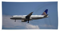 United Airlines Airbus A320-232 Beach Towel