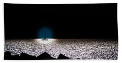 Beach Sheet featuring the photograph Vela by Bruno Spagnolo