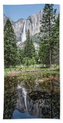 Yosemite View 16 Beach Towel