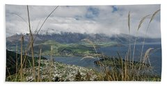 Queenstown New Zealand. Remarkable Ranges And Lake Wakatipu. Beach Sheet