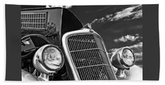 1934 Ford Frontend  Beach Towel