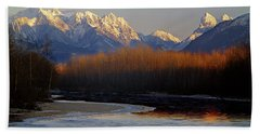 1m4525 Skykomish River And West Central Cascade Mountains Beach Towel