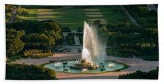 Buckingham Fountain Chicago Beach Towel by Steve Gadomski