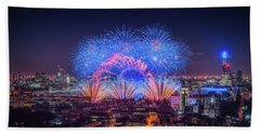 Happy New Year London Beach Towel