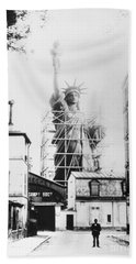 Statue Of Liberty, Paris Beach Sheet