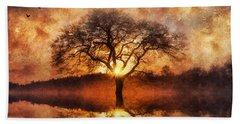 Lone Tree Beach Sheet by Ian Mitchell