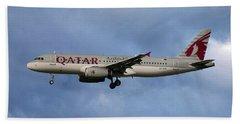 Qatar Airways Airbus A320-232 Beach Towel