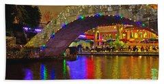 A Casa Rio Christmas On The Riverwalk Beach Towel