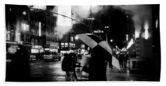 A Foggy Night In New York Town - Checkered Umbrella Beach Towel