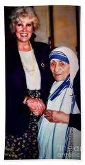 A Vist With Mother Teresa Beach Towel