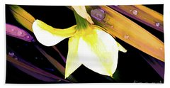 Abstract Daffodil And Droplets Beach Sheet