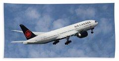 Air Canada Boeing 777-233 Beach Towel