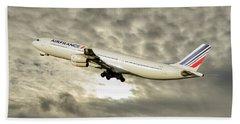 Air France Airbus A340-313 115 Beach Towel
