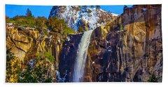 Amazing Bridaveil Falls Yosemite Valley Beach Towel