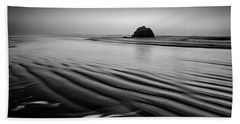 Beach Towel featuring the photograph An Oregon Morning by Jon Glaser