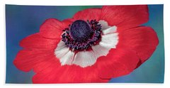 Beach Towel featuring the photograph Anemone Flower by Susan Candelario