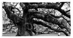 Angel Oak Tree 2009 Black And White Beach Towel
