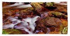 Anna Ruby Falls - Smith Creek 006 Beach Towel