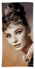Aurdrey Hepburn - Famous Actress Beach Sheet