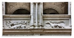 Azay-le-rideau - Architectural Detail - French Chateau Beach Towel