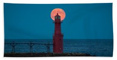 Backlighting II Beach Towel by Bill Pevlor