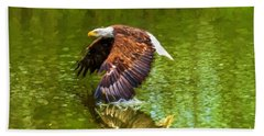 Bald Eagle Cutting The Water Beach Towel
