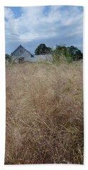 Barn In New England Beach Sheet
