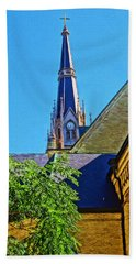 Basilica Of The Sacred Heart Notre Dame Beach Towel by Dan Sproul